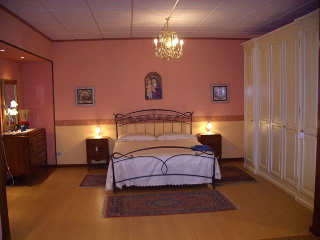Camere da letto aghemo stefano arredamento armadioni - Arredamenti per camere da letto ...